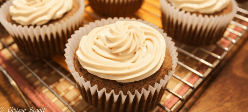 using-thm-baking-blend-in-recipes-spice-cakes